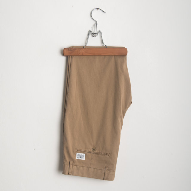 7ff4a5d827 Norse Projects AROS SLIM LIGHT STRETCH - KHAKI Trousers   Frontiers Man