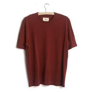 CONTRAST SLEEVE TEE - BRICK RED