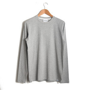 NIELS STANDARD L/SLEEVE - LIGHT GREY